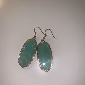 Light mint earrings